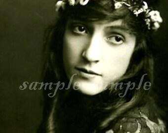 VINTAGE photo DIGITAL DOWNLOAD Beautiful Woman Gypsy Art Printable Antique Photograph Victorian Woman Bohemian Boho
