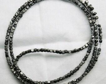 ON SALE 50% Rough Diamonds, Black Diamonds, Raw Diamonds, Box Beads, Conflict Free Diamond, 1.5mm To 2mm Beads, 4 Inch Strand, COngo Cube