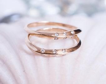 14k Shimmering Diamond Knife Edge Ring | 14k Gold and Diamonds Ring