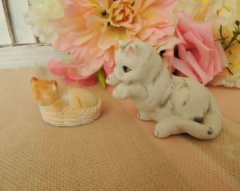 2 Miniature Cats, Vintage Figure Figurine Cats, Home Table Decor Decoration Ornament, Collectibles