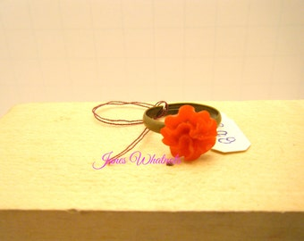 Red Ring - Mum Flower Ring - Adjustable ring - R08