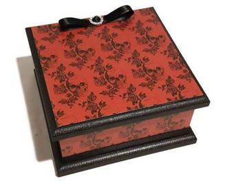 Classy Goth Red Skulls & Roses Keepsake Box, Memory Box, Jewellery Box, Trinket Box, Wooden Box