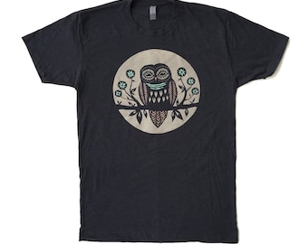 Unisex / Men's Big Moon Owl Design T Shirt Clothing