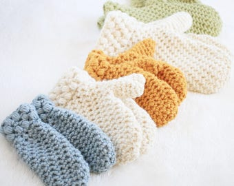 Crochet Mittens Pattern / Womens Winter Mittens Crochet Pattern / DIY Mittens / Gathered Buds Mittens by Hidden Meadow Crochet - P-GBMittens