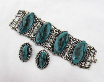 "Vintage Chunky Clasp Bracelet & Clip Earrings 7.5"" x 2"" - faux turquoise, antiqued silvertone - 50s-60s"