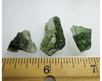 5.1 grams MOLDAVITE Specimens (3 pc. lot) from Chlum, Czech Republic  -ww753
