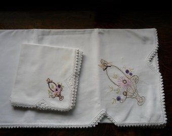 """48"""" X 52"""" Vintage  cotton hand embroidered table cloth with 3 - 16"""" napkins"""