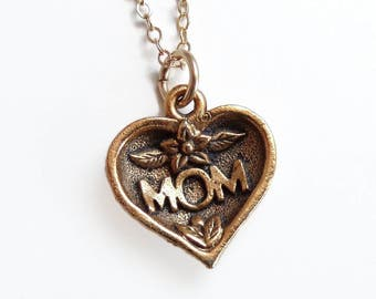 Mom heart charm necklace - Mother's Day Jewelry - mom necklace - gold necklace - mom charm necklace