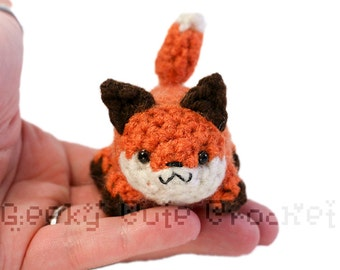 Fox Yami Amigurumi Crochet Stuffed Plush Desk Toy