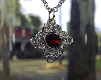 Garnet Byzantine Pendant in Sterling Silver - Chainmaille