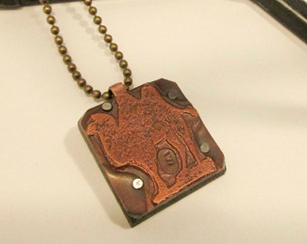 CAMEL Printing Block Necklace