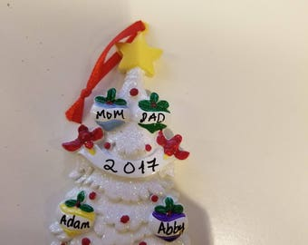 personalized Christmas ornament for a family of 4