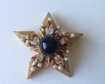 Vintage Florenza Gold Tone Star Large Signed Brooch