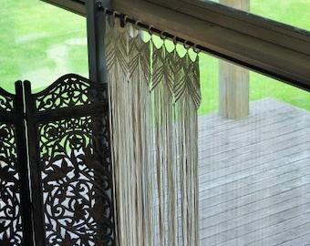 Macrame curtain, room divider, Bohemian macrame wall hanging - Handmade - Wall Art - Boho Macrame home decor - Ivory - White, Easter gift