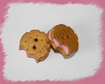 """Button """"biscuit chewed Strawberry"""" """"Fimo"""