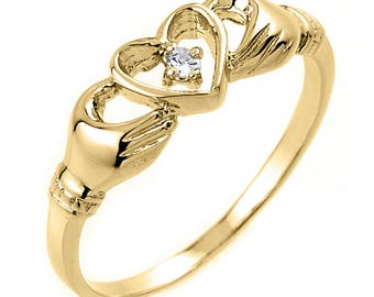 10K Yellow Gold Claddagh Ring  with Diamond