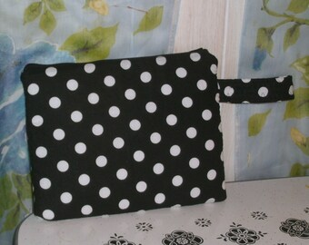 I pad case Black with white polka dots