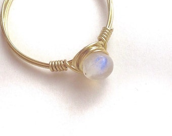 Rainbow Moonstone Ring, Gold Moonstone Ring, Moonstone Stacking Ring, June Birthstone Ring, Moon Stone Ring, bohemian jewelry, gypsy ring