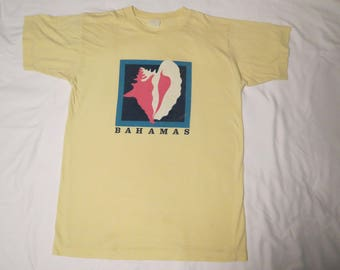 Bahamas Conch Shell Vintage T-Shirt Seashell