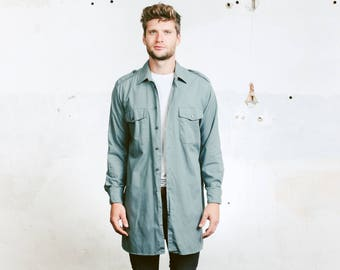 Longline Work Shirt . 70s Men's Work Clothing Workwear Grey Shirt Vintage Plain Cotton Button Up Swiss Military Shirt . size Large