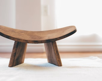IKUKO by Bluecony - Basic Fixed Version - Wooden Kneeling Ergonomic Meditation Bench