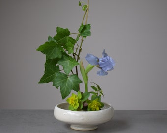 Baby Ikebana Style Vase in Blue or White