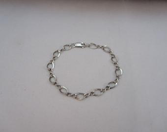 Sterling Silver Round Link Infinity Bracelet or Charm Bracelet 7 Inch