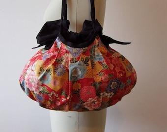 "Handbag ""Hana Zakari - 花盛り"" 100% Japanese cotton fabric."