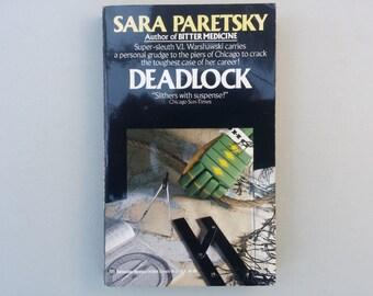 V.I WARSHAWSKI Deadlock by Sara Paretsky, Vintage paperback book, Detective Mystery, Chicago blackhawks, Ice Hockey