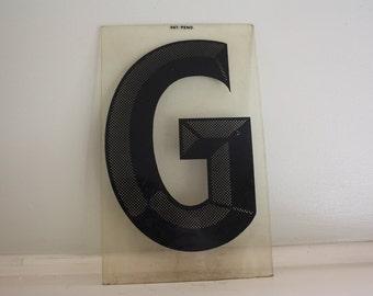 Plexiglass Letter G