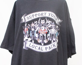 Graphic Tee    Support your local Pack