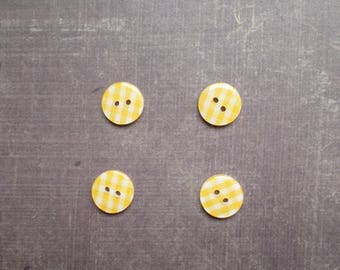 Plaid gingham yellow 1.3 cm 40 buttons