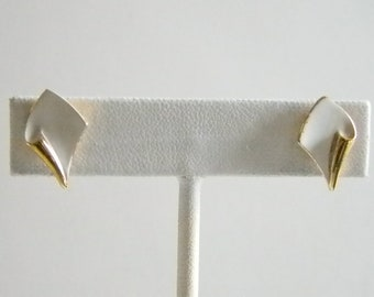 Trifai Gold White Enamel Post Pierced Earrings