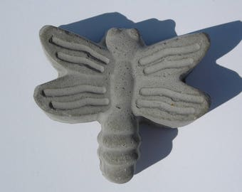 DRAGONFLY from WORMS Concrete tablecloth weights