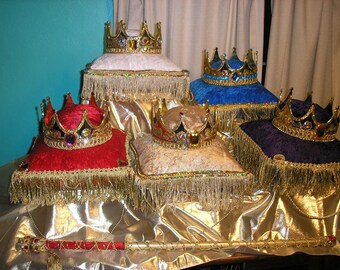 Crown and pillow
