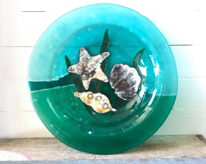 3rd anniversary gift, Glass plater, Glass bowl, seashell design, Green, Fused Glass, gift for friend
