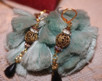 Elegant Drop Earrings Vintage Beads