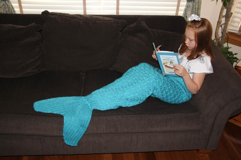 Mermaid tail lapghan blanket knitting pattern for children zoom bankloansurffo Choice Image