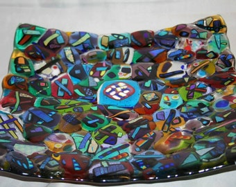 Square glass platter with an irregular (non-smooth) surface (PL-44)