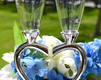 Personalized Wedding Heart Stem Toasting Glass - (Set of TWO) Engraved Champagne Flutes - Champagne Glasses - Engagement Anniversary Gift