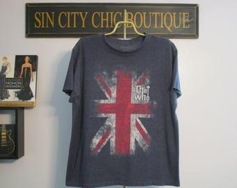 WHO Shirt. Vintage T-shirt. Graphic Tee. Top. Retro Blue Medium. Union Jack. Classic Rock. Concert Tee. Festival. Chic Urban Streetwear.