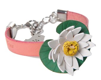 Water lily in genuine leather Cuff Bracelet