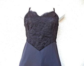 "1950s Vanity Fair FULL SLIP. Silky Nylon Slip. Vanity Fair Slip. Black Slip. Slip Dress. Lavish Lace. Honeymoon Wardrobe. Black. M  36"" Bust"