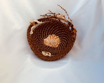 Lightening Whelk Basket