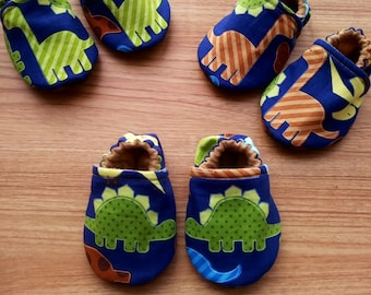 Dinosaur baby Shoes,Dinosaurs baby,Dino Baby Slippers,Dinosaurs fabric,Brontosaurs Baby Shoes,Stegosaurs baby Shoes,Dino Baby Shower Gift
