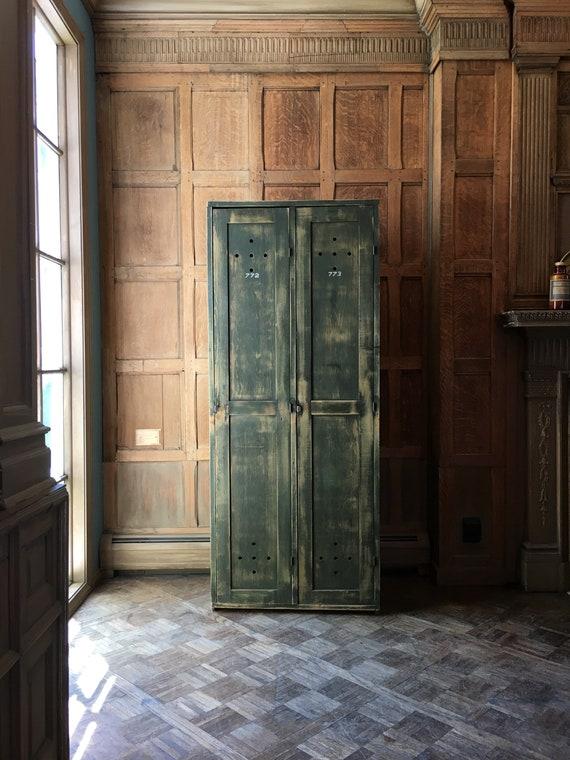 Antique Wood Lockers, Set of 2 Lockers, Mudroom Lockers, Entryway Organizer, Laundry Room Lockers