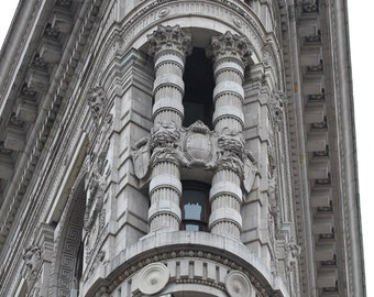 Flatiron building with a zoom lens