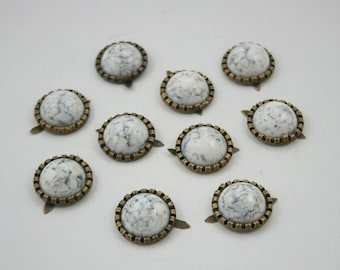 10 pcs White Turquoise Round Studs Spots Punk Rock Decorations Findings 17 mm. WYS17