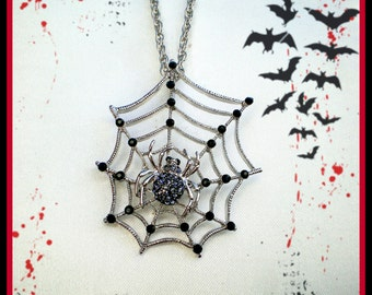 SALE Spider Web Necklace..Black Spider Pendant..Halloween Necklace..Spider Necklace..Spider Jewelry..Witch Jewelry..Scary Halloween Costume