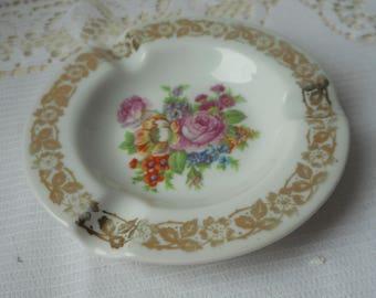 stunning vintage Limoges porcelain round shaped white and gold ashtray